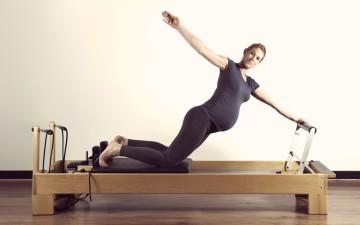 pilates-reformer-embarazo-embarazadas-eurogimnas-granollers